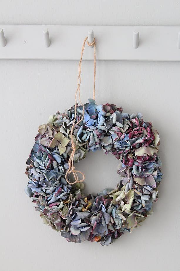 TCE - Accrochez une couronne de Noël